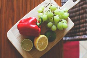 tagliere con frutta