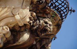 Uno dei mascheroni. Fonte: www.scicliospitalitadiffusa.it