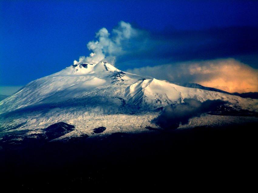L'Etna innevato (Wikipedia)