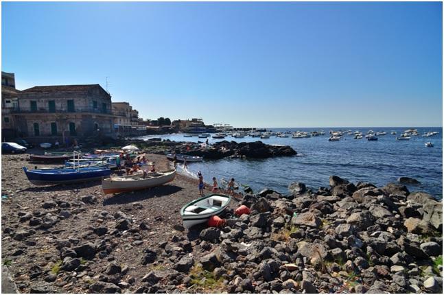Il borgo marinaro di Capomulini