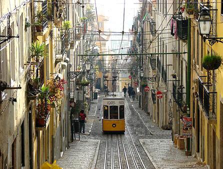 Lisbona, foto tratta da www.lisbonaturismo.it