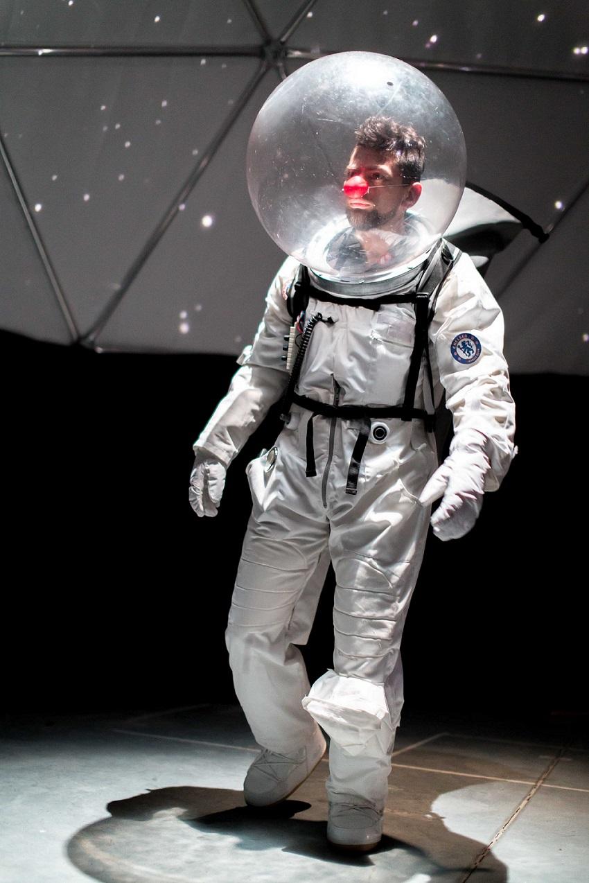 Yuri_Clown nello spazio 1