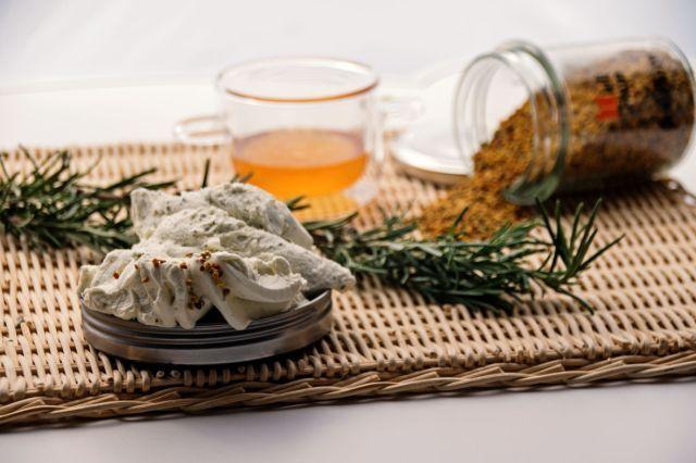 LA PASQUALINA_gelato al rosmarino con miele e polline di poliflora (senza uova e glutine)